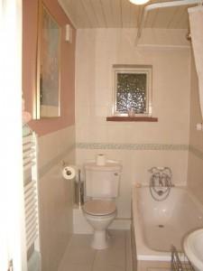 bathroom spring 2004